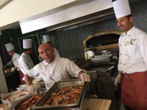 Повар и помощник повара - вакансия в Лазаревском